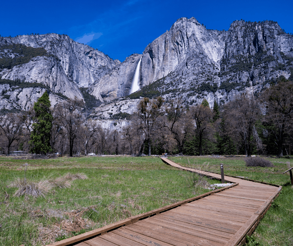 Cooks Meadow hike in Yosemite National Park